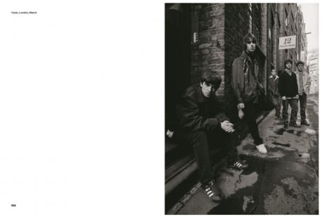 While We Were Getting High: Britpop & the '90s in photographs with unseen images (Hardback)