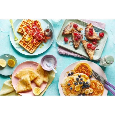 How to Make Anything Gluten Free (The Sunday Times Bestseller): Over 100 Recipes for Everything from Home Comforts to Fakeaways, Cakes to Dessert, Brunch to Bread (Hardback)