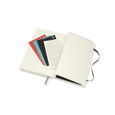 Black Large Weekly Softcover 18 Month Diary 2021-2022 (Diary)