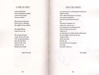 Sensational!: poems chosen by (Paperback)
