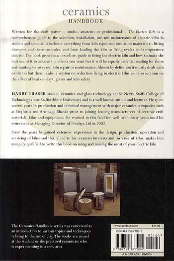 The Electric Kiln: A User's Manual - Ceramics Handbooks (Paperback)