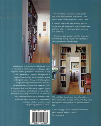 Living with Books (Paperback)