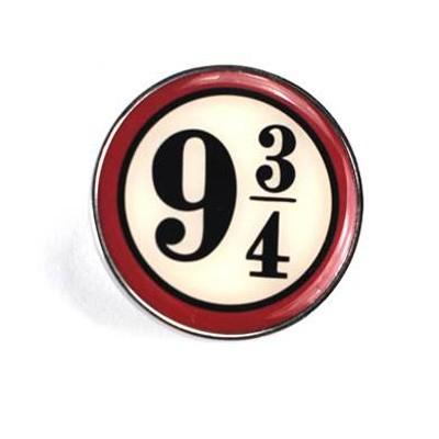 Harry Potter Enamel Badge: Platform 9 3/4