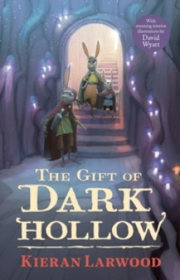 The Five Realms: The Gift of Dark Hollow - The Five Realms (Paperback)