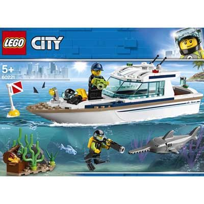 LEGO (R) Diving Yacht