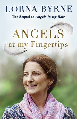 Angels at My Fingertips: The sequel to Angels in My Hair: How angels and our loved ones help guide us (Hardback)