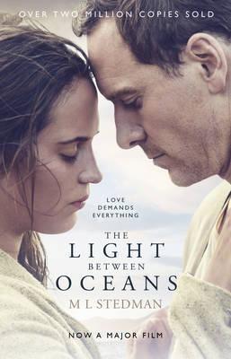 The Light Between Oceans: Film tie-in (Paperback)