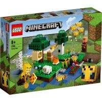 LEGO (R) Bee Farm